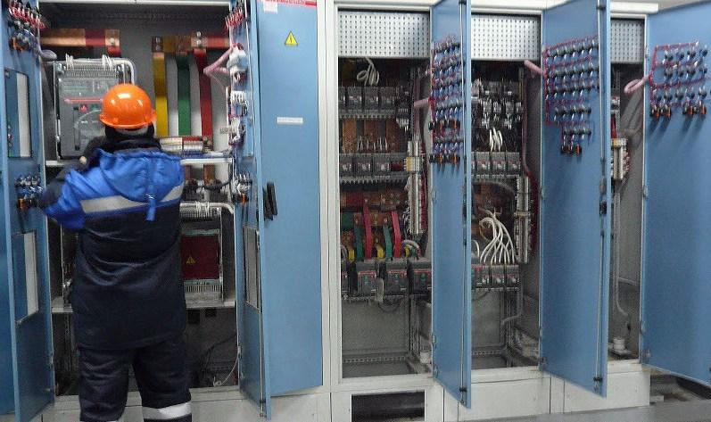 обслуживание осветительных электроустановок