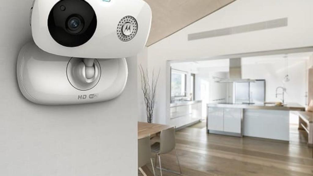 Видеоакамеры для охраны квартиры во время отпуска
