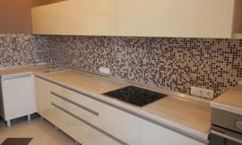 перенести розетку на кухне