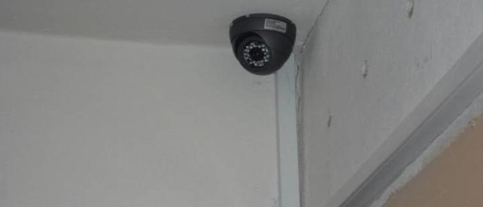 Камера видеонаблюдения в подъезд